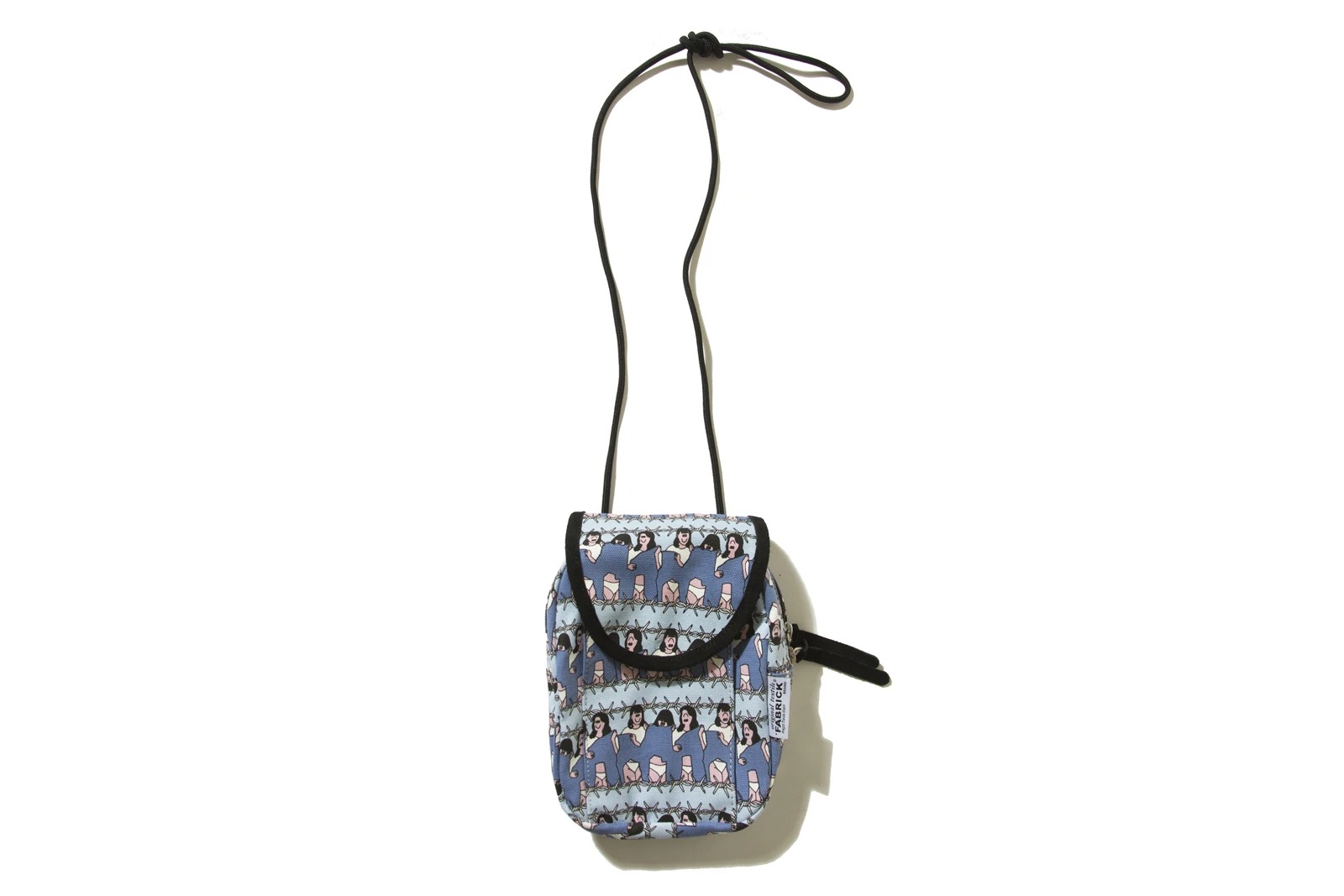 fabrick-x-face-outdoor-mini-shoulder-bag_p2