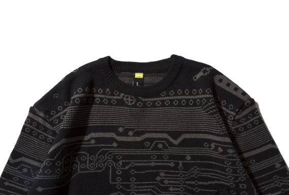 remix-inside-knit-sweater-black_p1
