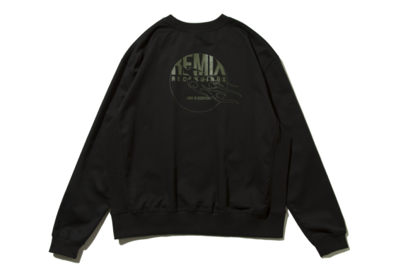 tc-crewneck-black_p1