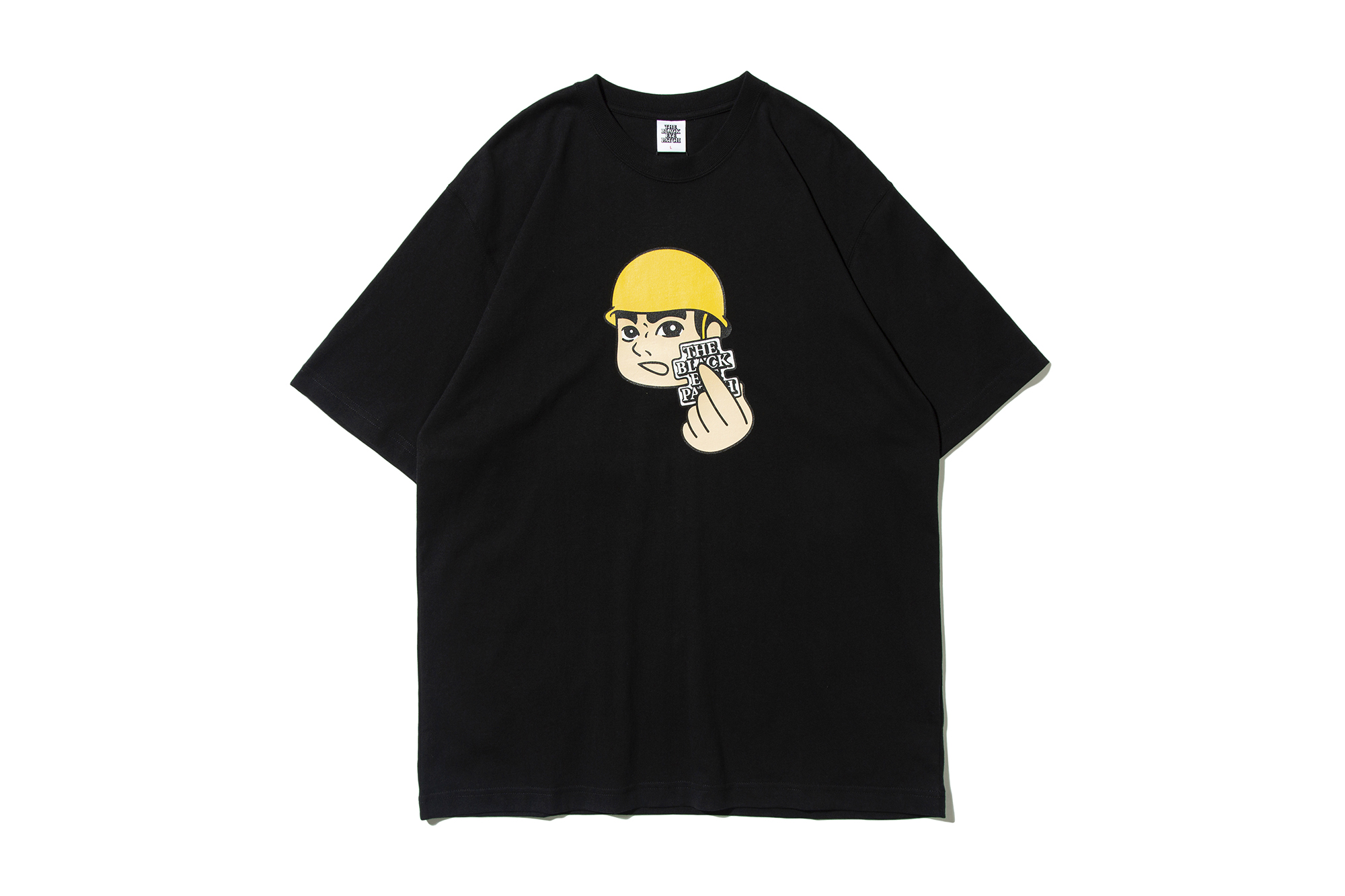 attention-tee-black_p2