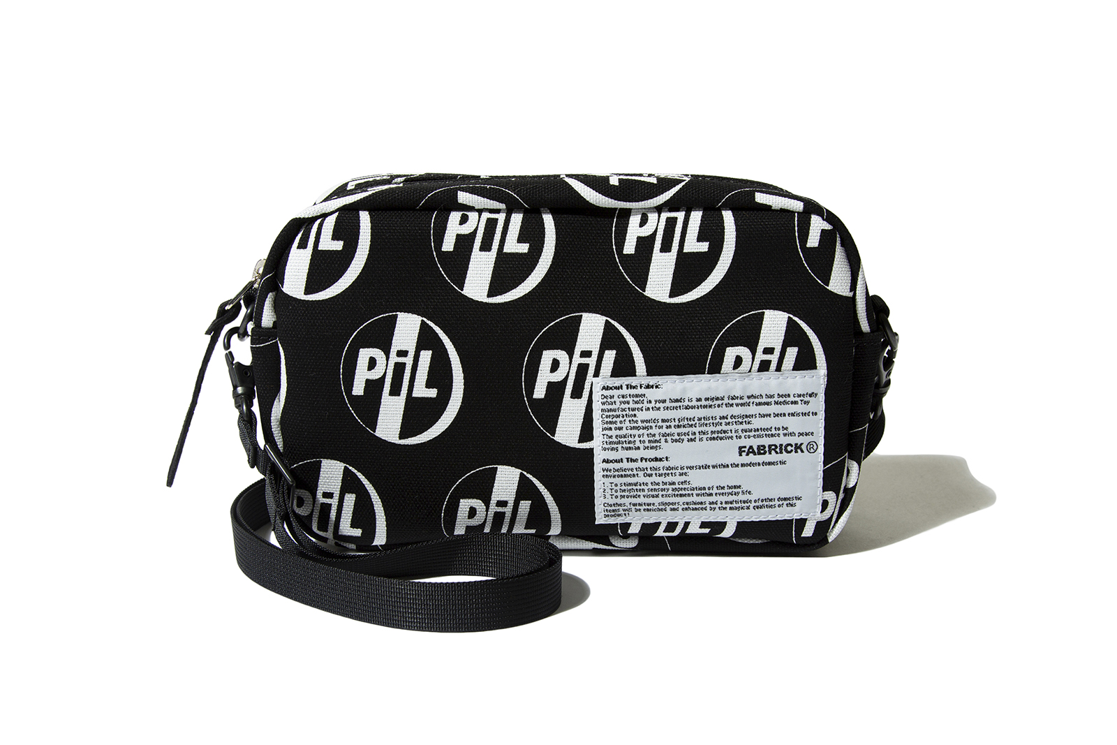 pil-x-fabrick-shoulder-bag_p2