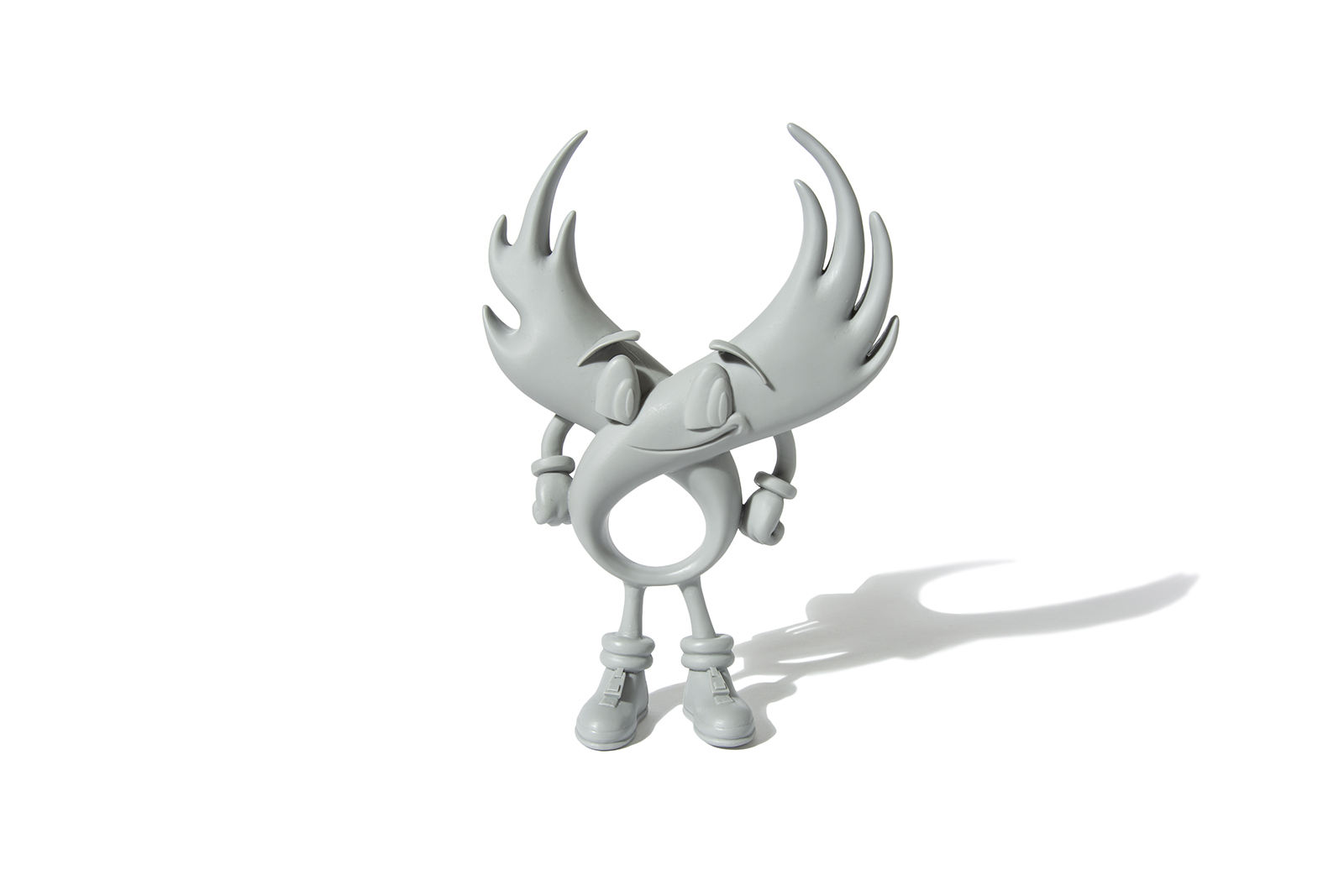wing-guy-toy-gray_p1